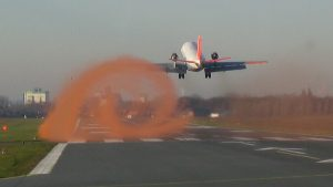VFW_614_ATTAS_Wingtip_vortices_at_start